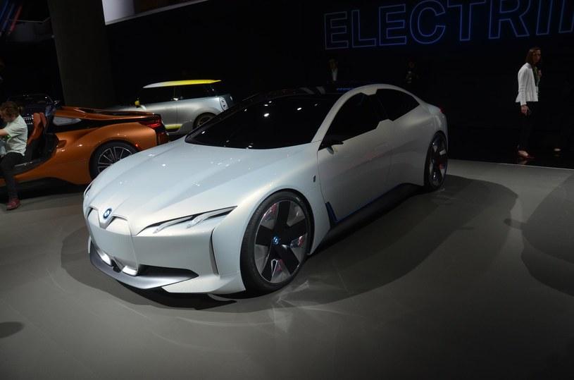 BMW iVision Dynamics, czyli zapowiedź BMW i5 /