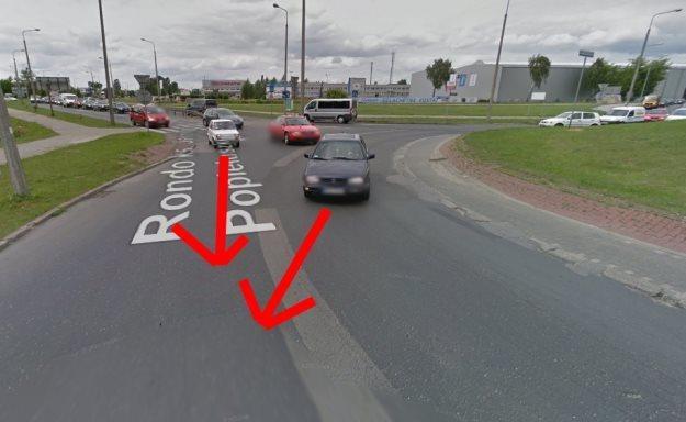 "BMW jechało jak VW. A mitsubishi jak ""maluch"" / Fot: Google Earth /"