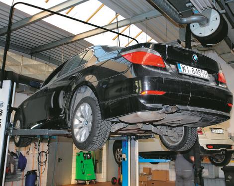 BMW podnosnik /Motor