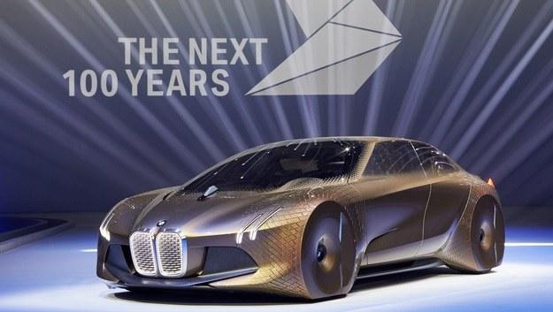 BMW Vision Next 100 /BMW