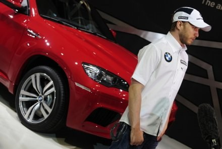 BMW wycofuje się z wspierania Formuły 1. Nick Heidfeld nie może być pewny swojej przyszłości /AFP