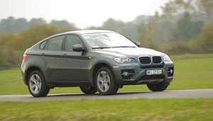BMW X6 - dynamiczne i kosztowne. Uwaga na egzemplarze z USA!