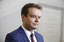 Bochenek: nie wiem, skąd informacje ZNP o zwolnieniach nauczycieli