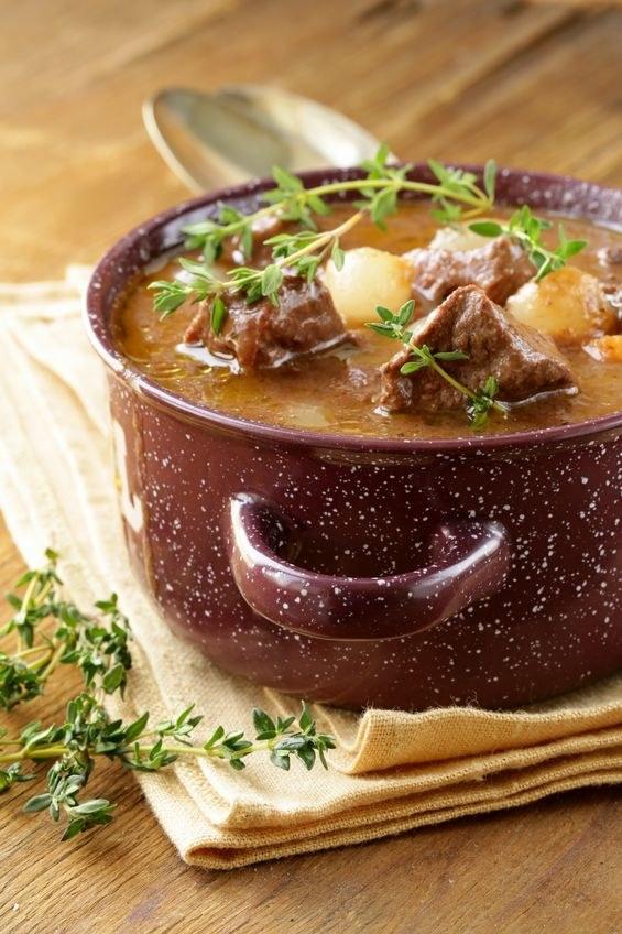 Boeuf bourguignon to klasyka francuskiej kuchni /©123RF/PICSEL