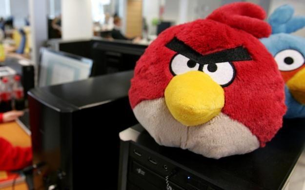 Bohater gry Angry Birds w formie pluszowej przytulanki /AFP