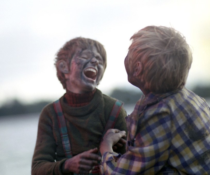 Bohaterowie serialu przeżywają niezapomniane, pełne przygód lato na wsi i w lesie. /East News/POLFILM