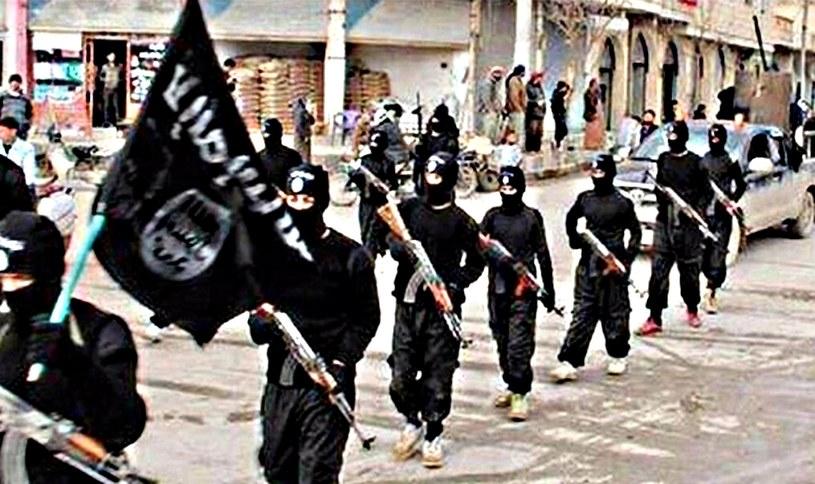 Bojownicy ISIS, zdjęcie ilustracyjne /AFP