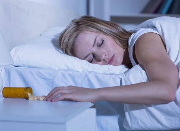 Ból i gorączka najczęściej są związane z rozwijaniem się stanu zapalnego /123RF/PICSEL