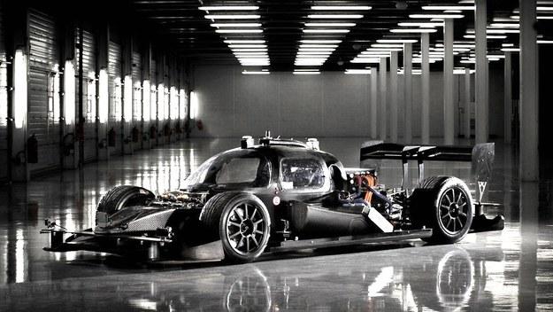 Bolidy bez kierowcy już jeżdżą. To koniec Formuły 1?
