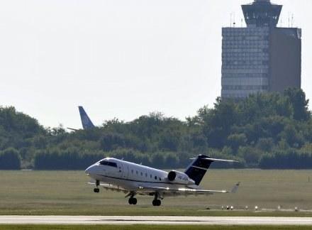 Bombardier CL-600 zabrał Filipe Massę z Budapesztu do Sao Paulo. /AFP