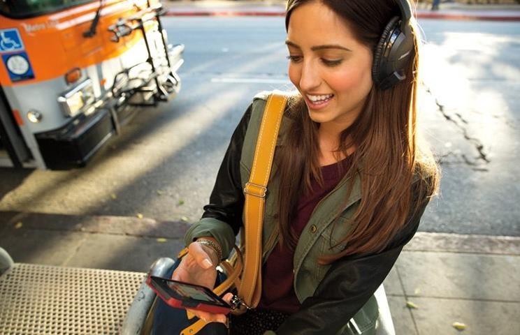 Bose AE2w bezprzewodowo połączymy z iPhonem /materiały prasowe