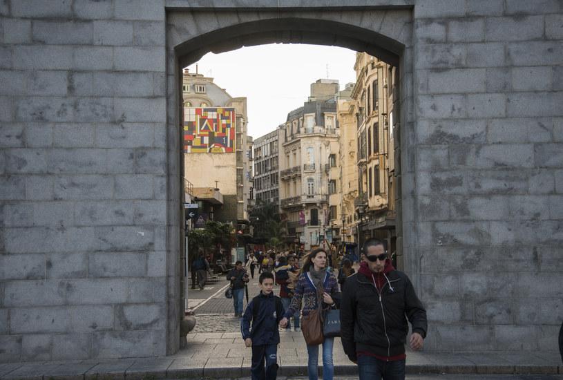 Brama prowadząca na Plaza Independencia     fot. Diego Giudice /The New York Times Syndicate