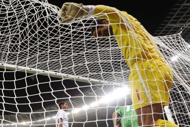 Bramkarz Anglii David James zatrzyma Niemców? /AFP
