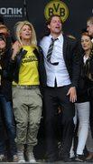 Bramkarz Borussii Dortmund - Roman Weidenfeller z żoną