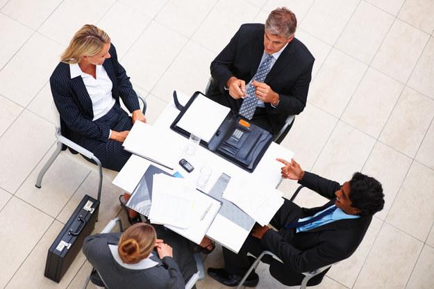 Branża finansowa psuje rynek pracy? /© Panthermedia