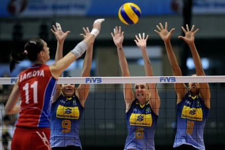 Brazylijki wygrały z Rosjankami 3:2 /www.fivb.org