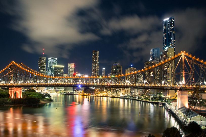 Brisbane nocą /©123RF/PICSEL