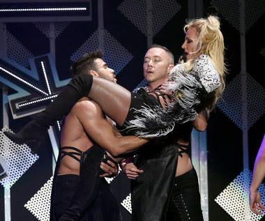 Britney Spears: Fan wtargnął na scenę