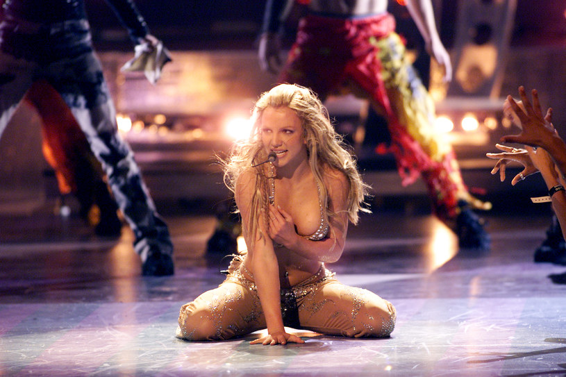 Britney Spears podczas gali VMA w 2000 roku /Scott Gries /Getty Images