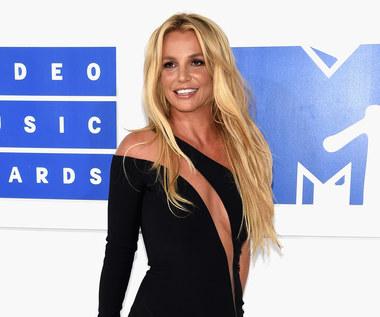 Britney wygląda coraz lepiej. Ale forma!