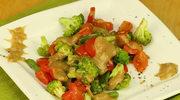 Brokuł z sosem musztardowym