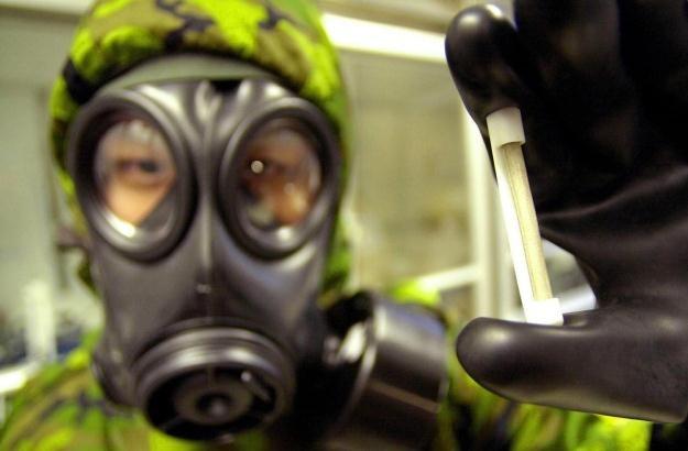 Broń atomowa  i biologiczna - tego obawiamy się najbardziej /AFP