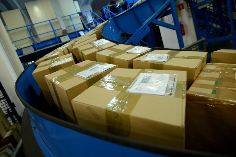 Broń w przesyłkach z USA (zdjęcie ilustracyjne) /Mateusz Jagielski /East News