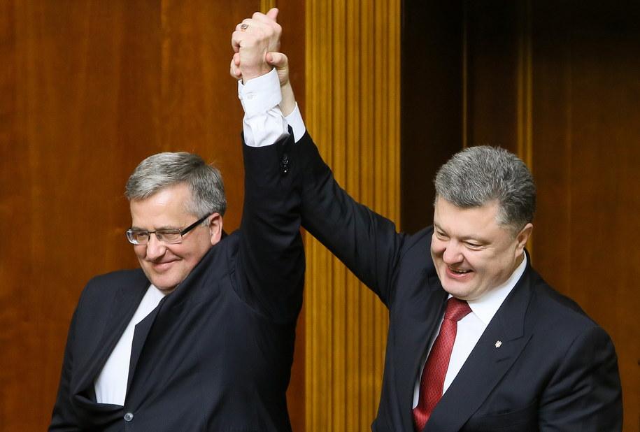 Bronisław Komorowski i Petro Poroszenko po wystąpieniu w Radzie Najwyższej Ukrainy w Kijowie /Paweł Supernak /PAP