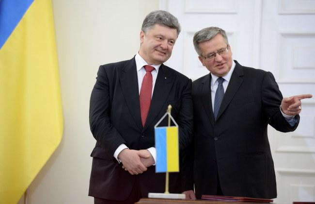 Bronisław Komorowski i Petro Poroszenko /Jacek Turczyk /PAP