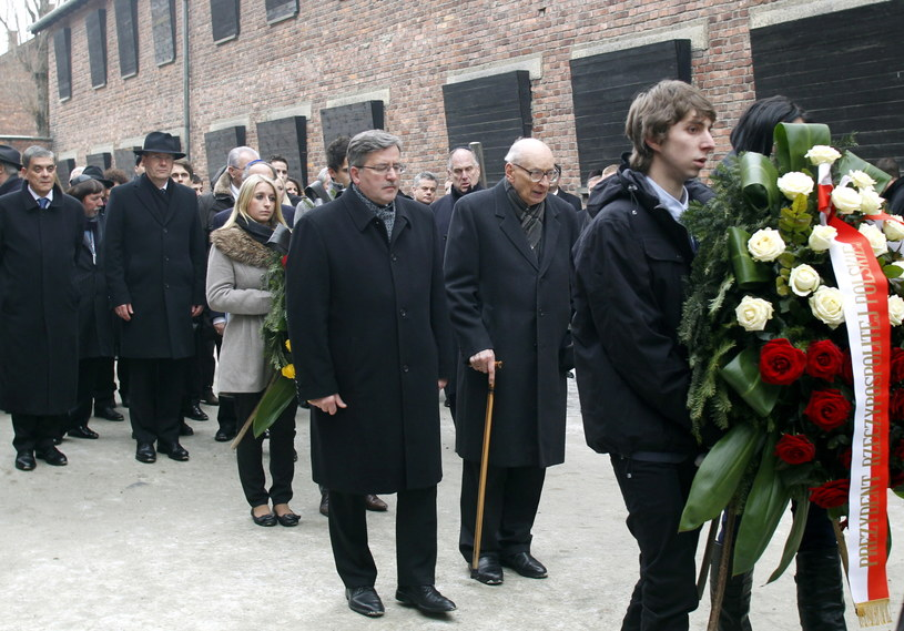 Bronisław Komorowski i Władysław Bartoszewski, zdj. z 2011 r. /Andrzej Grygiel /PAP