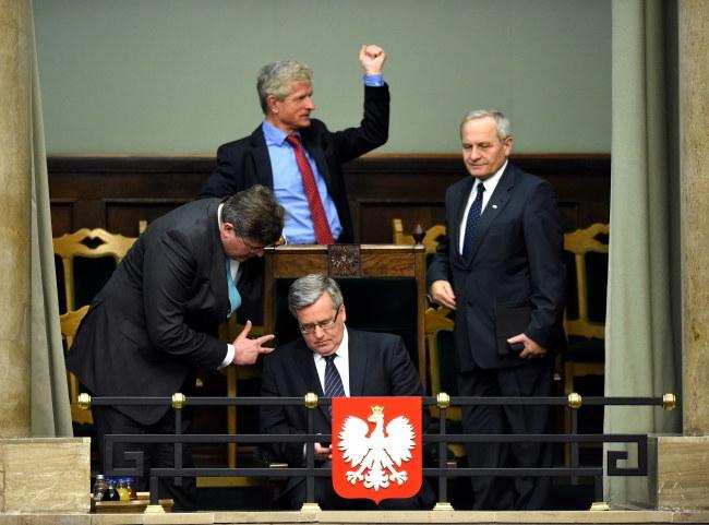 Bronisław Komorowski, Jaromir Sokołowski, Roman Kuźniar, Stanisław Koziej /PAP/Radek Pietruszka    /PAP