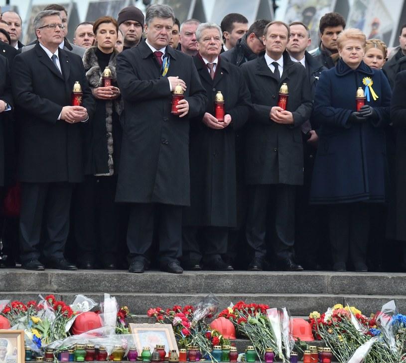 Bronisław Komorowski, Marina Poroszenko, Petro Poroszenko, Joachim Gauck, Donald Tusk i Dalia Grybauskaite /AFP
