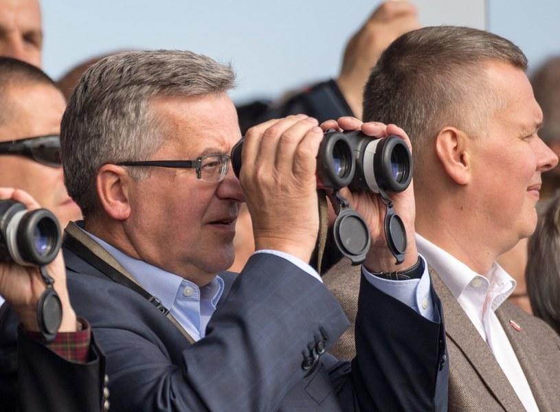 Bronisław Komorowski na poligonie /Reporter