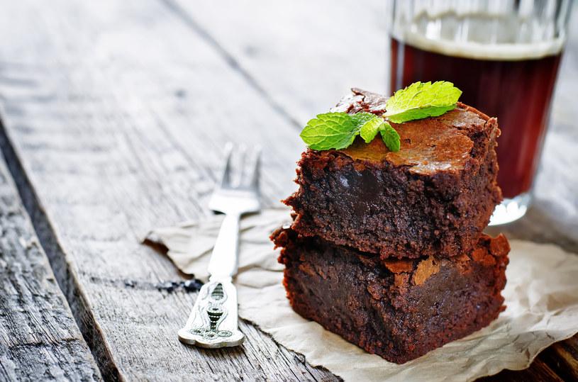 Brownie - czekoladowy zakalec jest mocno przereklamowany /123RF/PICSEL