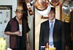 """Bruce Willis i Mathew Perry w filmie """"Jak ugryźć 10 milionów 2"""" /"""