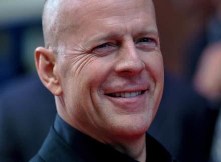 Bruce Willis w konkursie wiedzy filmowej. No, no... /AFP