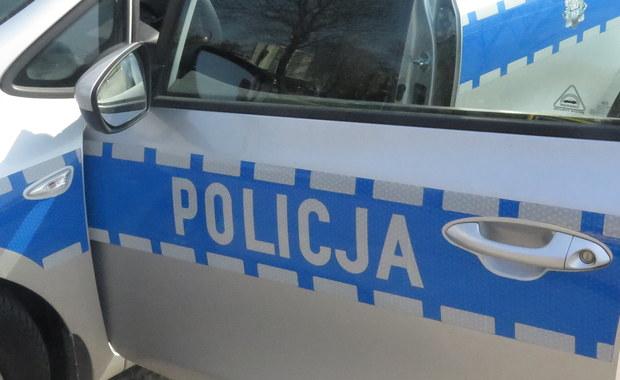 Brutalna napaść na policjanta po służbie. Obaj sprawcy zatrzymani