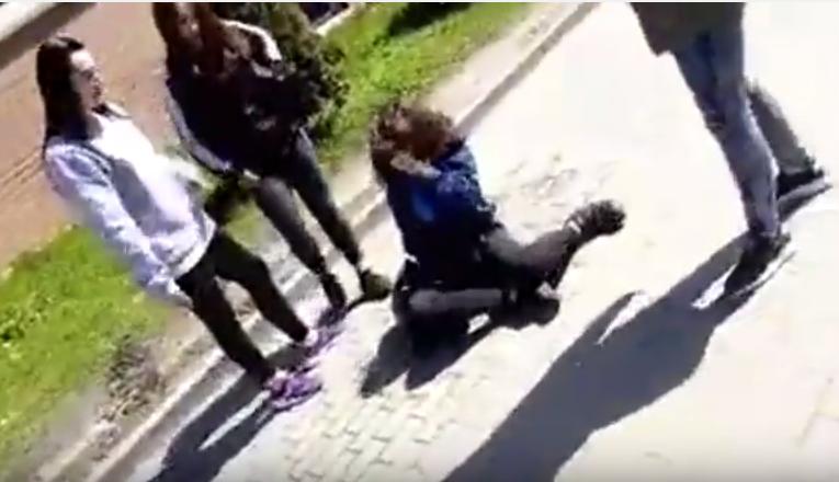 Brutalne pobicie gimnazjalistki w Gdańsku /YouTube /