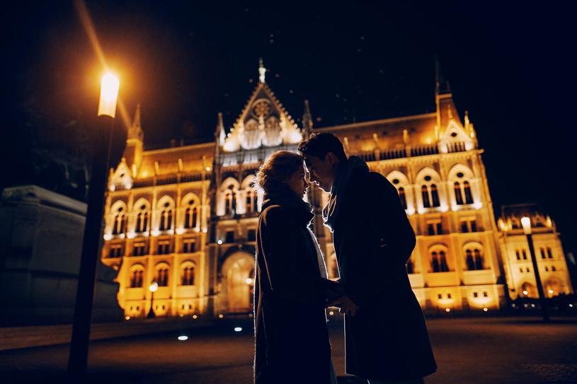 Budapeszt to idealne miejsce na romantyczny wypad /123RF/PICSEL