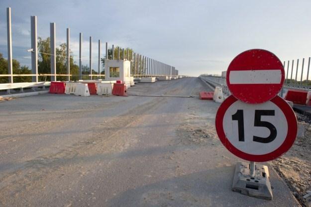 Budowa autostrad trwa i jeszcze potrwa / Fot: Tadeusz Koniarz /Reporter