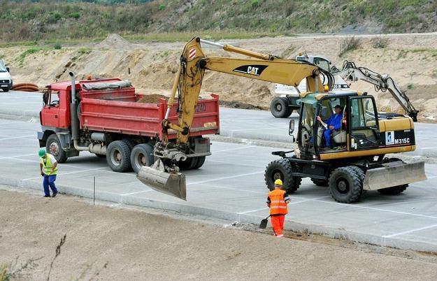 Budowa dróg to skomplikowana sprawa / Fot: Tomasz Gawalkiewicz /Reporter