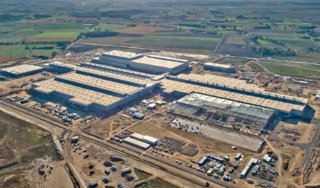 Budowa fabryki VW - gudzień 2015 /