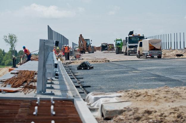 Budowa polskich dróg stała się sprawą międzynarodową / Fot: Łukasz Szeląg /Reporter