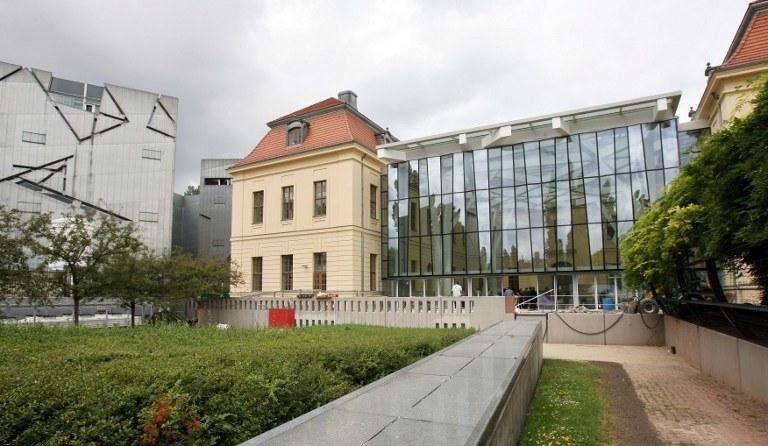 Budynek Muzeum Żydowskiego w Berlinie /AFP