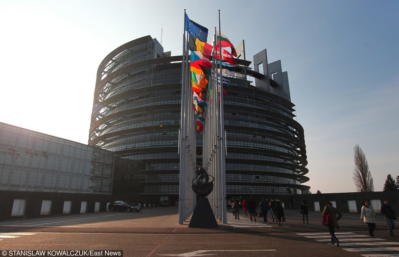 Budynek Parlamentu Europejskiego w Strasburgu /    STANISLAW KOWALCZUK /East News