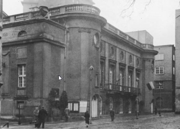 Budynek Teatru Polskiego w Warszawie. Zdjęcie z czasów dwudziestolecia międzywojennego /Z archiwum Narodowego Archiwum Cyfrowego
