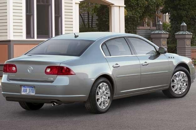Buick lucerne /