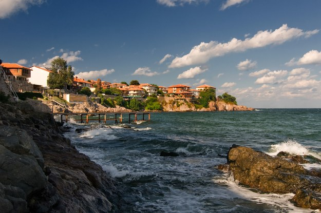 Bułgarskie wybrzeże oferuje wiele atrakcji /123/RF PICSEL
