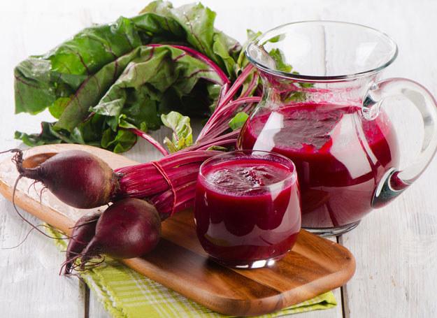 Buraki zawierają składniki, które pomagają zapobiegać spadkowi poziomu hemoglobiny /©123RF/PICSEL