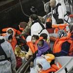 Burmistrz Lampedusy: Bary są pełne Tunezyjczyków, którzy upijają się i molestują kobiety